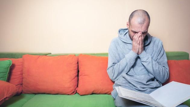 Nach der Diagnose Betroffene nicht allein lassen! (Bild: Srdjan/stock.adobe.com)