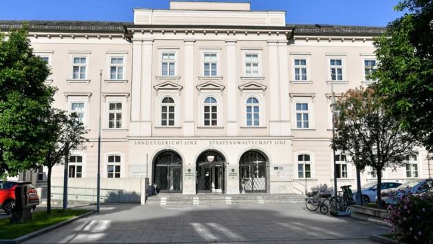 Das zentrale Justizgebäude in Linz mit Landesgericht und Staatsanwaltschaft
