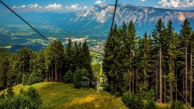 Wunderschöne Ausblicke, wie hier am Dreiländereck, erwarten die Sportler. (Bild: RDW)