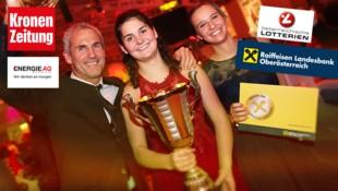 Siegerfoto 2018 mit Michael Konsel, Elisabeth Hartl und Lena Briglauer. (Bild: Daniel Scharinger, krone.at-Grafik)