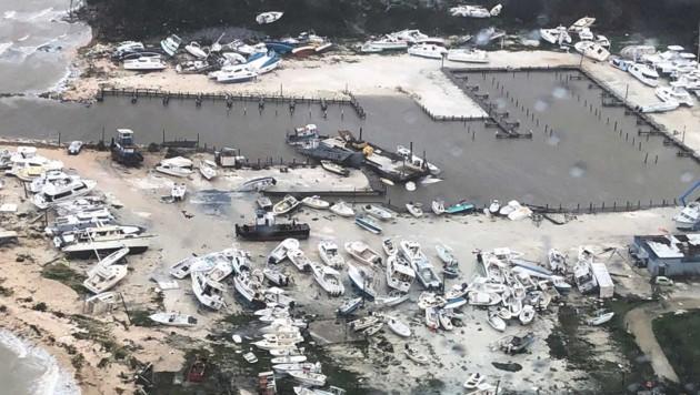 Der Hafen von Marsh Harbour auf den Bahamas (Bild: twitter.com)
