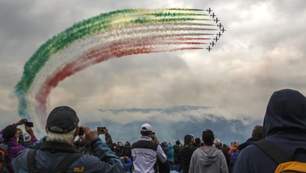 """Die Frecce Tricolori bei der Flugshow """"Airpower 2019"""" (Bild: APA/ERWIN SCHERIAU)"""