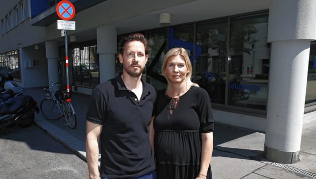 Markus L. und seine Frau ärgert der nicht benutzte Parkplatz. (Bild: Martin Jöchl, krone.at-Grafik)