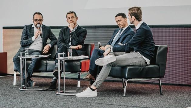 Über die Zukunft im Fußball-Business wurde eifrig diskutiert (Bild: Christof Hütter)