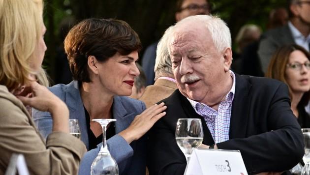 Parteivorsitzende Pamela Rendi-Wagner und der frühere Wiener Bürgermeister Michael Häupl. (Bild: APA/HANS PUNZ)
