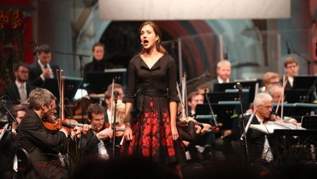 Die Grazer Philharmoniker sind das Orchester der Grazer Oper. Bei den Aufsteirern-Konzerten am Grazer Hauptplatz stehen auch zahlreiche Solisten der Oper und die Singschul' auf der Bühne und sorgen für unvergessliche musikalische Momente. (Bild: Juergen Radspieler)