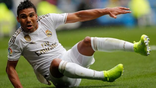 Auch Real Madrids Casemiro wäre betroffen ... (Bild: Associated Press)