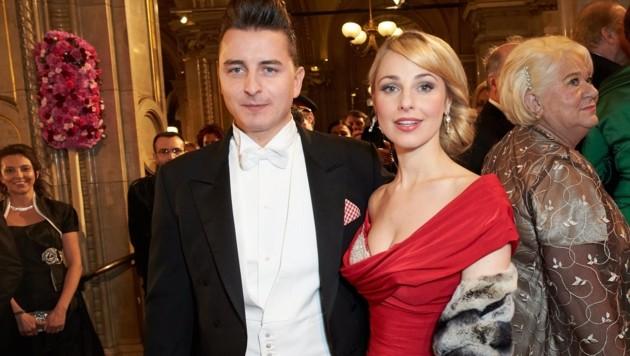 Andreas Gabalier und Silvia Schneider am Opernball 2013 (Bild: Starpix / picturedesk.com)