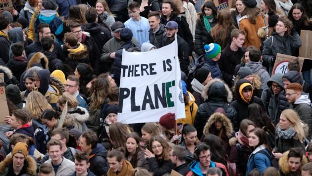 Schon am 15. März 2019 demonstrierten junge Menschen in Linz und weltweit für ernsthaften Klimaschutz jetzt. (Bild: Horst Einöder)