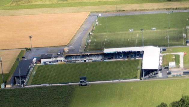 Das Goldberg Stadion in Grödig (Bild: Kronen Zeitung)