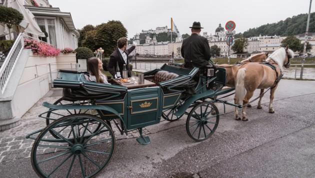 Die Fiaker in Salzburg werden zu rollenden Restaurants. (Bild: RidingDinner)