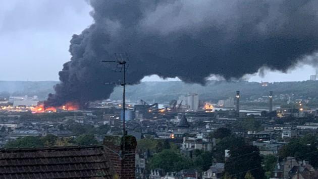 """""""Extrem gefährliches Feuer"""" im Norden Frankreichs"""