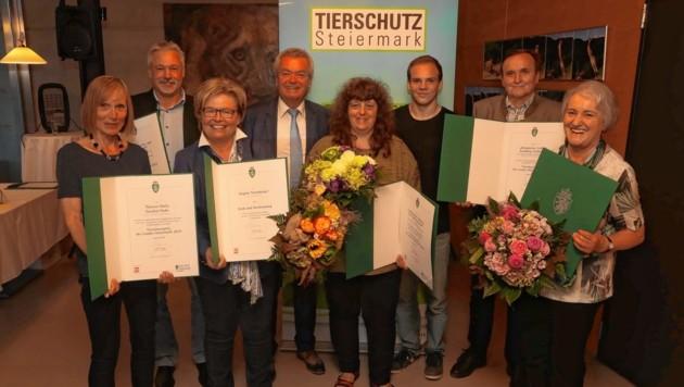 Ein Hoch den Gewinnern des steirischen Tierschutzpreises! (Bild: Jürgen Radspieler)