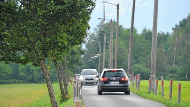 Im Schwarzgrabenweg bei der Moosstraße kam es zu einem Unfall mit Fahrerflucht.