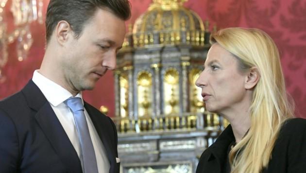 Minister in neuer Regierung: Gernot Blümel und Juliane Bogner-Strauß gelten als gesetzt. (Bild: APA/HANS KLAUS TECHT)