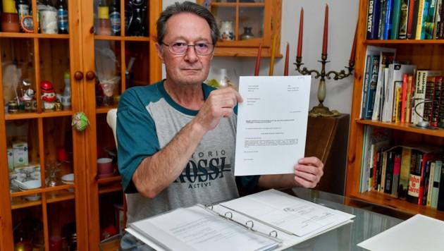 Franz Hofstadler aus Linz (64) wartet seit März auf Geld vom Finanzamt (Bild: © Harald Dostal)