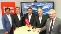 """""""Krone""""-Stadiongipfel mit Chefredakteur Oliver Pokorny (li.) (Bild: Christian Jauschowetz)"""