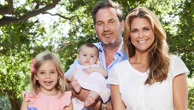 Pirnzessin Madeleine und Christopher O'Neill mit den Kindern Leonore und Adrienne (Bild: Anna-Lena Ahlström, Royal Court, Sweden)