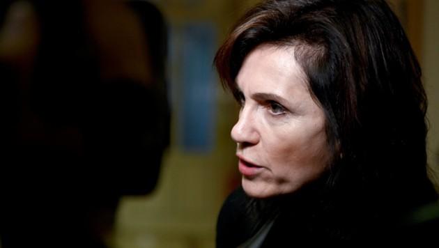 Anwältin Astrid Wagner (Bild: APA/HERBERT NEUBAUER)
