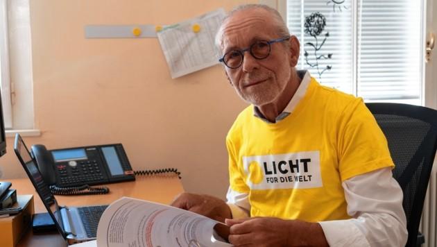 Josef Pfleger arbeitete früher in der Computerindustrie. Als Freiwilliger unterstützt er heute bei organisatorischen Aufgaben. (Bild: Brenek Malena)