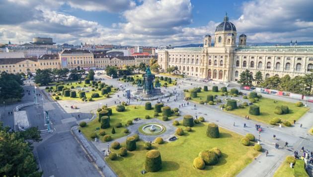 Blick auf das Museumsquartier und das Naturhistorisches Museum (Bild: ©white_bcgrd - stock.adobe.com)