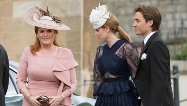 Sarah Ferguson mit Prinzessin Beatrice und deren Verlobten Edoardo Mapelli Mozzi (Bild: www.PPS.at)