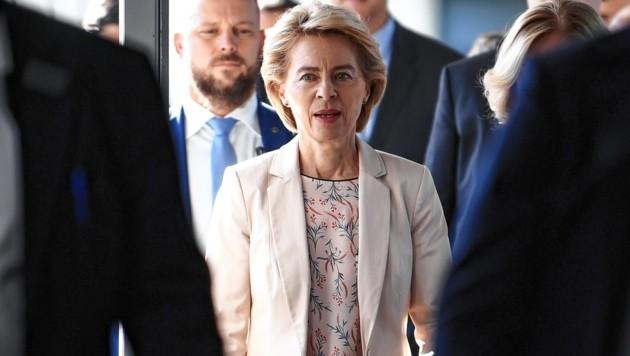 Der Antritt von Ursula von der Leyen als neue EU-Kommissionspräsidentin könnte sich noch ein wenig hinauszögern. (Bild: EPA)