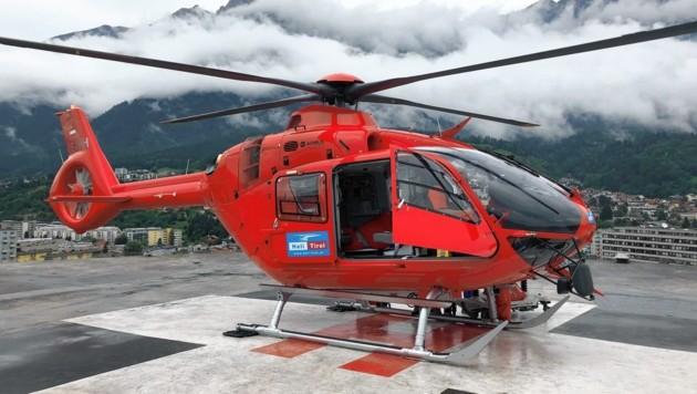 Der Verletzte wurde mit einem Knaus-Heli ins Spital geflogen. (Bild: Gassler Markus/Kronenzeitung)