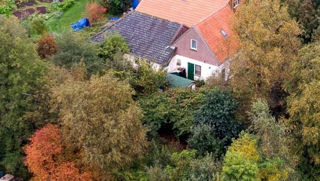 Die Familie war 2019 auf dem abgelegenen Hof beim Dorf Ruinerwold entdeckt worden. (Bild: AFP)