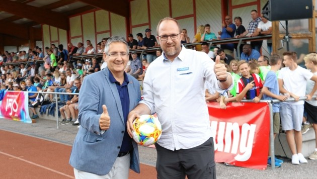 Casino-Direktor Andreas Sauseng (li.) und Sturm-Sportchef Kreissl (Bild: Christian Jauschowetz)