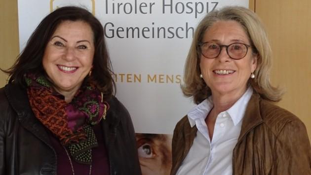 Elisabeth Zanon (li.) übergibt den Vorsitz an Marina Baldauf. (Bild: THG)