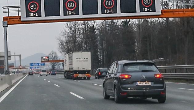 Seit 2015 müssen Autofahrer bei schlechter Luft bremsen (Bild: Tschepp Markus)