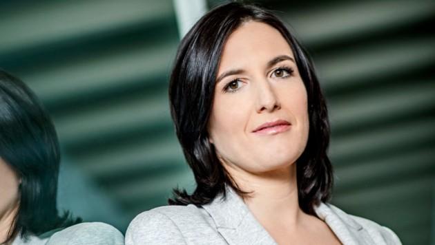 """Nina Horowitz präsentiert ab 2020 im ORF """"Liebesgschichten und Heiratssachen"""" (Bild: ORF/Hans Leitner)"""