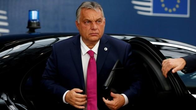 """Ungarns Ministerpräsident Viktor Orban sieht sein Land """"in einer anderen Situation"""" als die restlichen EU-Staaten. Diese hätten keine unmittelbare Außengrenze an der Westbalkanroute. (Bild: APA/AFP/POOL/JULIEN WARNAND)"""