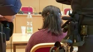 Die 22-jährige Rumänin muss sich wegen Mordversuchs vor Gericht verantworten. (Bild: APA/KERSTIN SCHELLER)