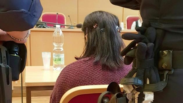Die 22-jährige Rumänin wurde wegen schwerer Körperverletzung schuldig gesprochen. (Bild: APA/KERSTIN SCHELLER)