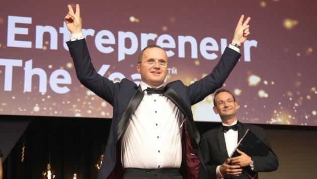 Kann sein Glück kaum fassen: Christoph Steindl (Bild: EY Österreich)