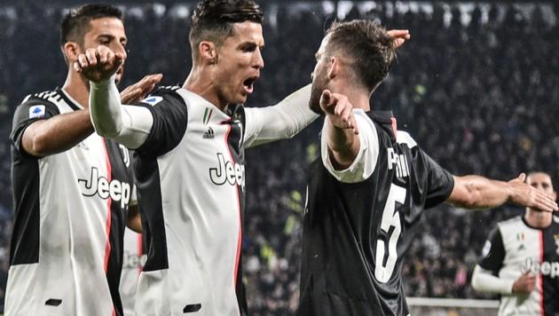 Ronaldo Erst Ehrung Dann Traumtor Zum Juve Sieg Krone At