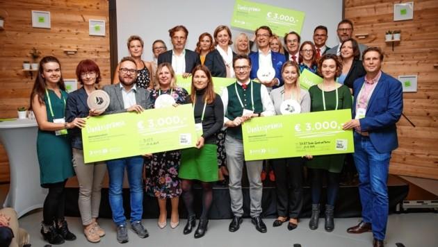 Vertreter der familienfreundlichsten steirischen Betriebe freuten sich - es gab mehr als 60 Einreichungen (Bild: Scheriau)