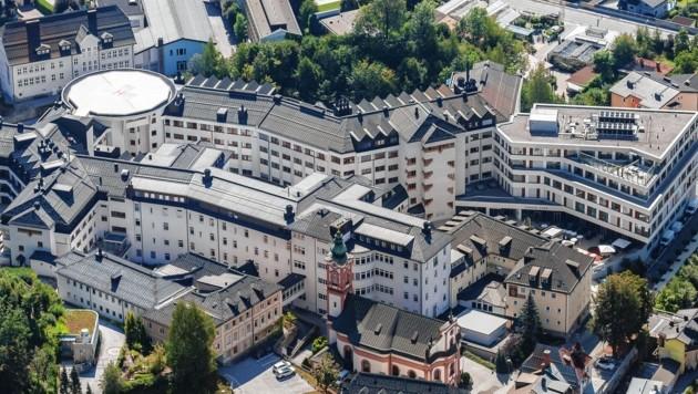 Das verletzte Paar wurde ins Krankenhaus nach Schwarzach gebracht. (Bild: Krankenhaus schwarzach)