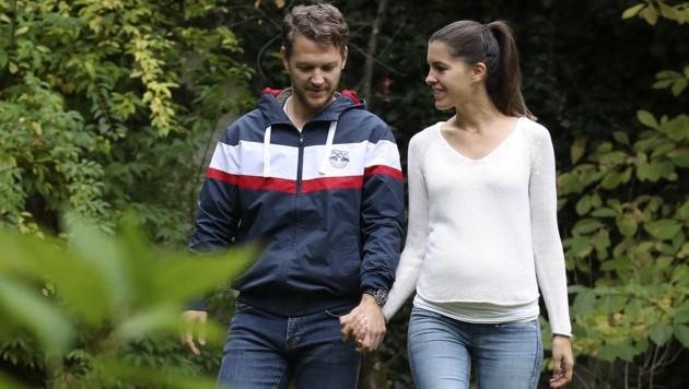 John Hughes mit seiner Freundin Michaela (Bild: Tröster Andreas)