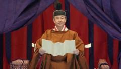Kaiser Naruhito verkündet offiziell seine Inthronisierung. (Bild: Associated Press)