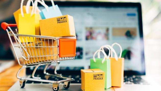 Der Kauf auf Rechnung beim Onlineshopping kann schon einmal für Verwirrung sorgen. (Bild: ©Mymemo - stock.adobe.com)