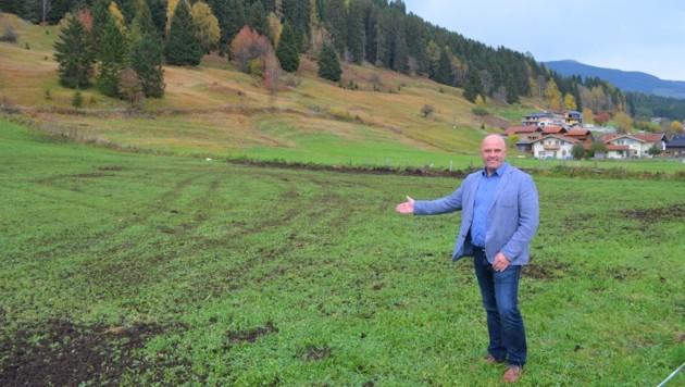Ideales Grundstück: Brambergs Ortschef Hannes Enzinger (Bild: enzinger)