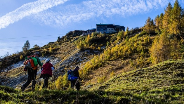 Weite Fernsicht und milde Temperaturen können Wanderer auf 2000 Meter Höhe erwarten. (Bild: Tröster Andreas)