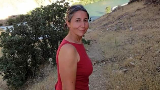 Mülkiye Lacin sitzt schon seit Monaten in der Türkei fest. (Bild: Free Mülkiye)