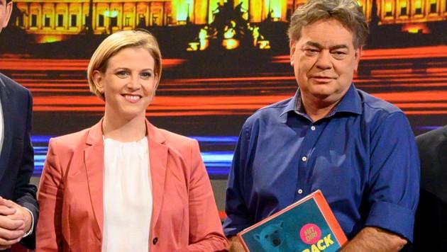 Beate Meinl-Reisinger (NEOS, links) und Grünen-Chef Werner Kogler (Bild: AFP)