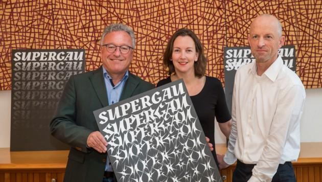 Mit dem neuen Projekt wollen Heinrich Schellhorn, Tina Heine und Theo Deutinger mehr Kultur in die Regionen bringen. (Bild: Land Salzburg/Neumayr/Leo)