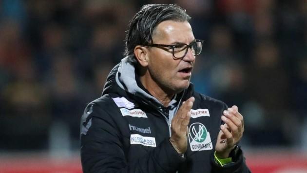 Hofft mit Ried auf den Aufstieg: Der Salzburger Trainer Gerald Baumgartner. (Bild: GEPA/Christian Walgram)