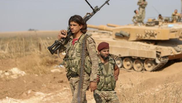 Soldaten an der türkisch-syrischen Grenze (Bild: AFP)